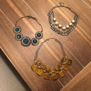 3 necklaces. GUC